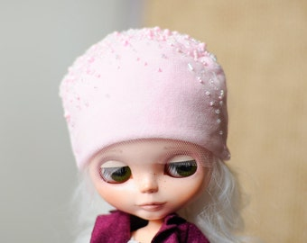 Hat for Blythe - pink beaded Blythe hat - Blythe accessories - Blythe outfit