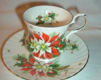 Royal English Bone China Noel Poinsettia Small Cup & Saucer