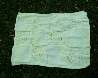 New!!!!!!!!!!Knitted baby blanket for a newborn, a blanket.