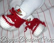 U of L crochet 0 to 1yr  Cardinal fan!