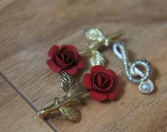 Vintage Jewelry Brooch Pin   Design Music Key Flower/ Rose/Red/ Gold /Pearl/  Stamping /Engraving/  /Red/ F-050