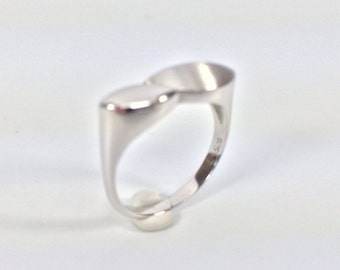 Silver Fashion Ring // 925 Sterling Silver // Matte Rhodium Finish // Contemporary Silver Ring // Modern Silver Ring
