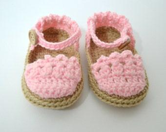 Crochet baby Sandals Menorcan style.