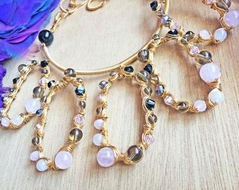 60's Mod Pink Stone Necklace, Retro Mod Rose Quartz Bib Necklace, BRIDGET Gold Mod Statement Bib Necklace, 60's Mod Jewelry