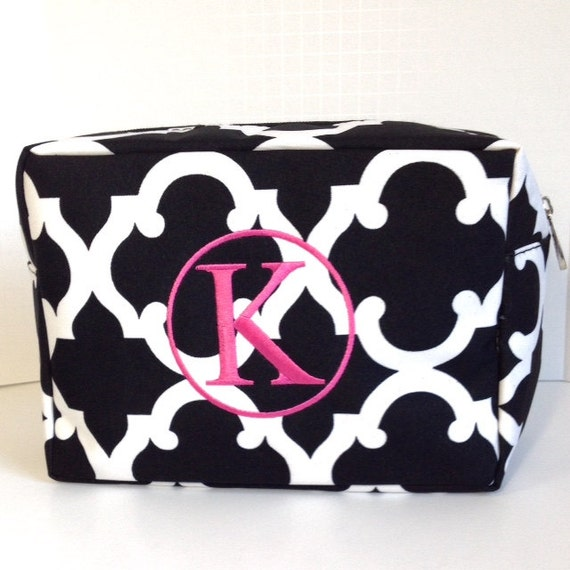 Set of Three Monogrammed Makeup Bags, Set of 3 Personalized Cosmetic Bags, Makeup Pouches, Bridesmaids Gifts, Bridal Shower Gifts