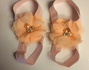 Peach barefoot sandal 0-12 months