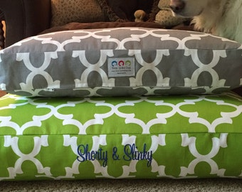 Harrison Dog Bed * Charlotte Quatrefoil Collection * Green * Custom Embroider Pets Name * Medium Large * Personalize * Custom Cover * TSD