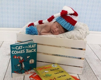 Newborn Dr Seuss hat- Newborn photography prop, newborn boy, newborn girl, crochet newborn hat