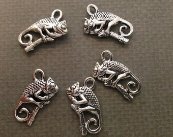 Chameleon Silver Charm Pendant Jewelry Craft DIY Bracelet Bangle Necklace With Jump Rings CS124