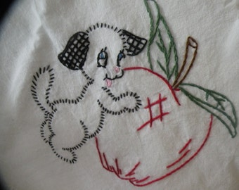 Adorable 1940s Dish Towel