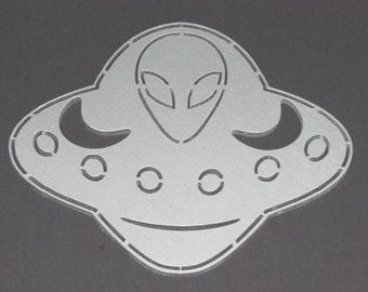 UFO Flying Saucer Alien Wood Wall Decor Art