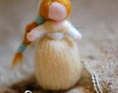 Birichin necklace, wool f...