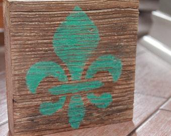 Reclaimed Wood Fleur de lis