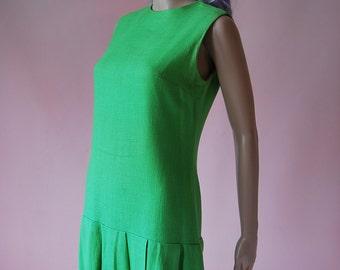 Vintage 1960s Super Green Linen Dropped Waist Pleated Twiggy Dress Size 12