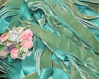 """7/8"""" OMBRE AQUA GREEN Aged Patina French Velvet Ribbon All Rayon Silk Feel Garden Leaf Sea Foam Turquoise Millinery Trim Vintage Fabric"""