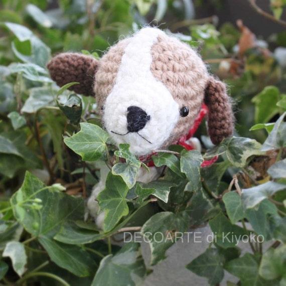 Cute beagle of Amigurumi. Crochet dog.