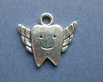 5 Tooth Fairy Charms - Tooth Fairy Pendants - Tooth Fairy - Dentist Charm - Antique Silver - 20mm x 18mm  -- (O7-10369)
