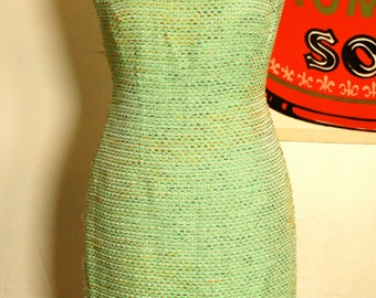 S A L E ~~~> 80's does 60's green sheath dress square neck size M