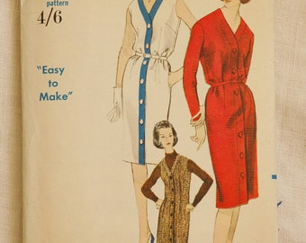 Vintage dress pattern, Vogue 5914, 1960s, size bust 34 inches