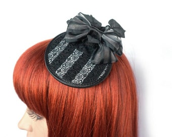 Gothic Fascinator with stripes and lace