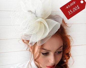 Ivory Fascinator - Ivory Wedding Fascinator Hat, Tea Party Hat - Kentucky Derby Hat - British Hat Fascinator Headband
