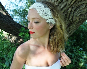 Glinda: Vintage-Inspired Lace Headpiece,Ivory Lace Headband, Bridal Headpiece, 1920s Bride