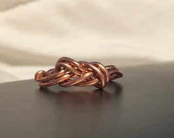 Figure Eight Knot Ring