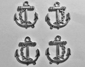 4 PCS still shaped pendant silver
