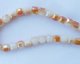 Faceted white Crystal cubes and honey 10 mm