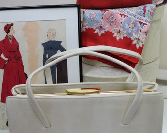Vintage 1970's Large Handbag/Large Handbag/Cream Handbag/1970's Bag/Pocket Book/  SALE  (25Z)