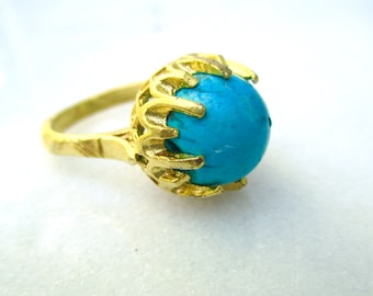 Classic Turquoise Cocktail Ring in 18kg vermeil...