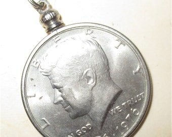 John F Kennedy Coin Necklace - Kennedy Half Dollar Pendant - Money Jewelry - Bi Centennial 1976 Coin Commemorative  necklace