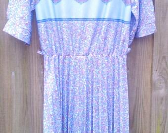 Vintage Size 14 Plus Size 1970s Dress
