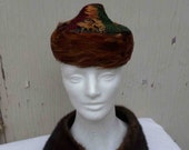 Vintage Fifties Union Made Multi Colored Pheasant Feather Tiny Pill Box Hat / Mid Century Feather Hat
