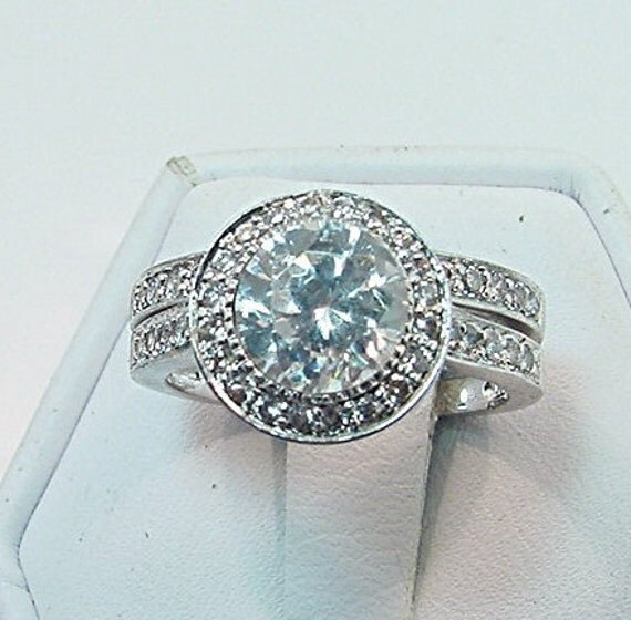 AAA White topaz 7.03mm 1.65 Carats 14K white gold diamond Halo Wedding set.B007  0417