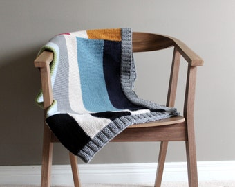 SALE - knit color block blanket in MODERNA - vegan friendly - unisex - kids bedding