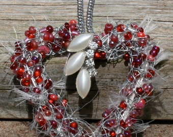 Red Heart Beaded Necklace Must See