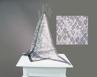 SALE Vintage Vera Neumann Scarf  60s Triangle Gray Snakeskin Print Ladybug