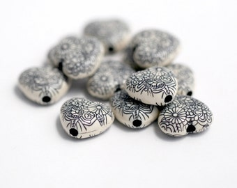 Black Cream Etched Heart Opaque Acrylic Beads 16mm (8)