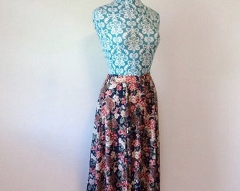 vintage womens skirt // floral romantic pink navy green // 1980's 80's revival