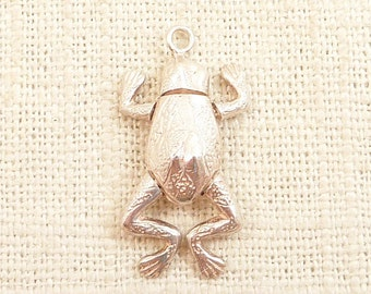 Vintage Sterling Frog Pendant with Moving Limbs