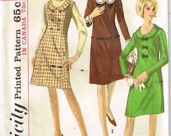 Detachable Peter Pan Collar Jumper Dress Long Sleeve Simplicity 6142 Sewing Pattern Vintage 1960s Junior Size 13 Bust 33