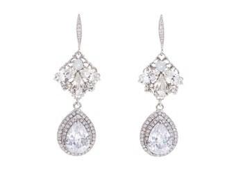 Bridal Earrings , Wedding Crystal Earrings ,Swarovski  Earrings , White Opal  Earrings ,Bridal Swarovski Earrings ,Wedding Jewelry