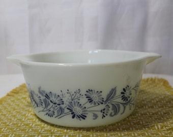 """Vintage Pyrex """"Colonial Mist"""" 1.5L Casserole Dish Without Lid 474-B"""