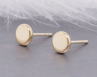 Recycled 14k gold flat pebble earrings - 5mm round 14k solid gold studs