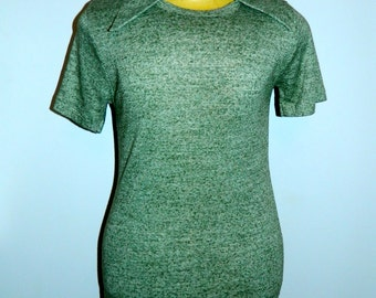 vintage 1970s muscle shirt / green heather Johnny collar t- shirt / Levis Panatela Top / Slim fit