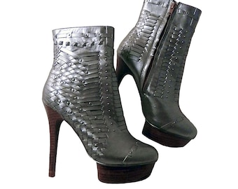 Extreme Stiletto Boots // Woven w Studs // Mad Max Metallic Silver // Women Size 7 to 7 1/2 M // Sexy Costume Boots Show Stoppers  Zigi Soho