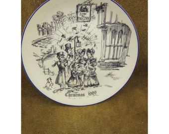 Wallace Arnold Bone China 1989 Christmas Plate – Fourth Special Edition - Old English Carolers – Blue & White - by Coalport Made in England