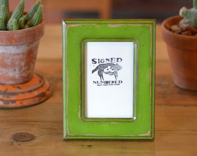 """4x6 Picture Frame in Wide Double Cove Style with Super Vintage Green Pear Finish - Handmade Green 4""""x6"""" Photo Frame - Can Be Any Color"""