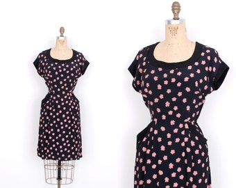 Vintage 1940s Dress / 1940s Rayon Floral Print Dress / Black and Pink (small S)